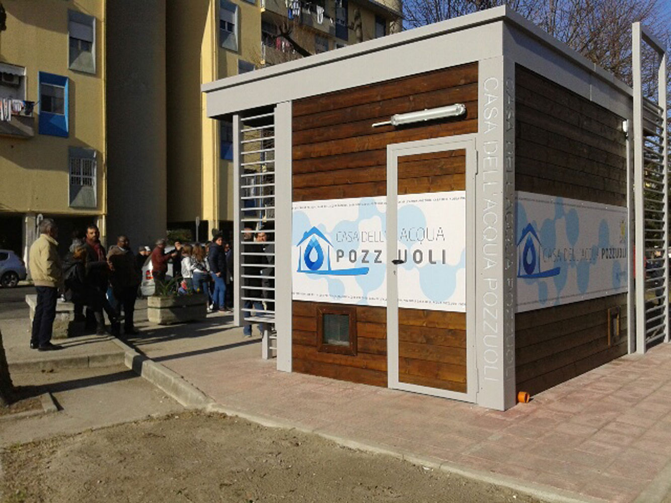 Pozzuoli inaugurata la prima casa dell acqua al rione - Acqua depurata in casa ...